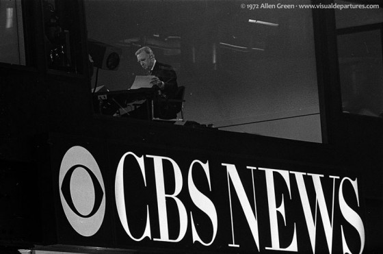Walter Cronkite in the CBS News booth at the 1972 DNC